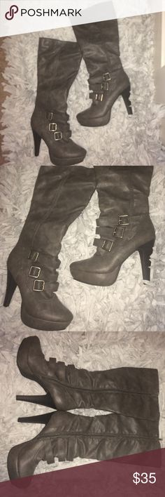 Jennifer Lopez gray sleek heeled boots GLO by JLO gray heeled zip boots. Sexy, sleek and perfect for the holidays. 18inches with 4 inch heel. These are excellent condition, brand new without tags  Jennifer Lopez Shoes Heeled Boots