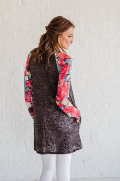 d531054063ec54 Pop of Color Gray Top - Bella Ella Boutique Online