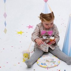 Bring the fun of the circus home with this 'silly circus' pastel and unisex party range. Party Shop Online, Online Party Supplies, Kids Party Supplies, 1st Birthday Party Themes, Circus Theme Party, Circus Birthday, Party Hacks, Party Ideas, Kids Boutique