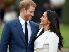 Meghan Markle ya luce el anillo del Príncipe Harry