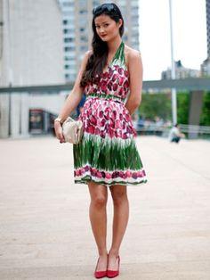 Cute dress, love the colors!