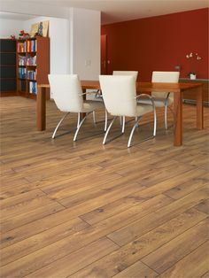 This dining room - complete with Narrow Board Cavallo Oak flooring - looks very attractive indeed.