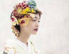 和装スタジオ写真1 Yukata Kimono, Cool Face, Finger Painting, Prom Hair, Traditional Outfits, I Dress, Wedding Events, Kawaii, Bridal