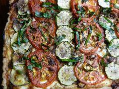 Weekday Vegetarian: Tomato Zucchini Tart : TreeHugger