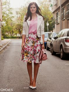 http://www.choies.com/product/white-floral-pleated-skater-skirt-with-side-zipper_p27082