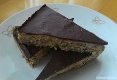 Kokosové musli tyčinky s čokoládou | Dobruchut.sk Sweets, Food, Fitness, Gummi Candy, Candy, Essen, Goodies, Meals, Yemek