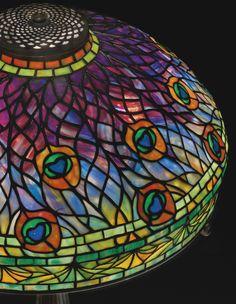 tiffany studios peacock table ||| lighting ||| sotheby's n09155lot7d4gnen