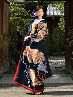 Wedding kimono: 色打掛