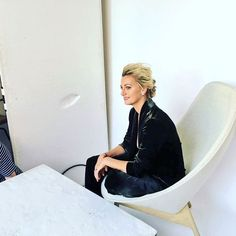 Petra Kvitova Trying my best to be elegant for a cover shoot with @mariannemagazine and @alo.diamonds 😀📷💍