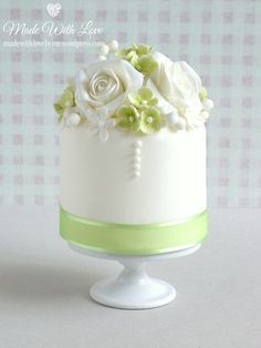 Small Green and White Cake - Pamela McCaffrey - Made With Love