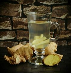 Health benefits of drinking ginger tea. Ginger is part of the Zingiberaceae family, along with cardamom and turmeric. It is … Read MoreHealth benefits of drinking Ginger tea. The post Health benefits of drinking Ginger tea. appeared first on MY TEA SHACK. Cold Home Remedies, Flu Remedies, Hangover Remedies, Herbal Remedies, La Constipation, Heartburn Relief, Bebidas Detox, Troubles Digestifs, Health Benefits Of Ginger