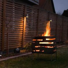The Urban fire basket from Röshults creates a cozy atmosphere in the late summer evenings and warms up the cold winter nights. Made out of steel in Sweden, the fire basket is a centrepiece which everyone can gather around. Fire Pit Gravel, Concrete Fire Pits, Backyard Pergola, Fire Pit Backyard, Pergola Ideas, Patio Ideas, Backyard Ideas, Fire Pit Gallery, Fire Pit Essentials