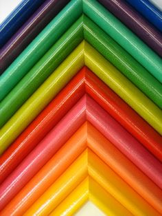 ~ Rainbow of Colours http://media-cache-ec0.pinimg.com/originals/2f/a3/51/2fa351ed290057d2ba914fedc82d4bae.jpg