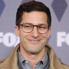 Andy Samberg, Famous Celebrities, Celebs, Jake Peralta, Donald Glover, Brooklyn Nine Nine, Handsome Actors, Saturday Night Live, Oui