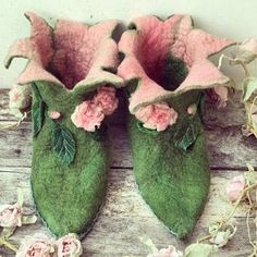 Elf Slippers, Felted Slippers, Bridal Shoes, Wedding Shoes, Peter Pan Shoes, Woodland Shoes, Fairy Shoes, Elf Shoes, Flower Shoes