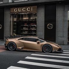 New Ideas Sport Cars Maserati Lamborghini Veneno, Koenigsegg, Huracan Lamborghini, Maserati, Gold Lamborghini, Lamborghini Diablo, Sports Cars Lamborghini, Porsche Sports Car, Pagani Zonda
