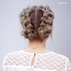 For more braid video tutorials just visit our website! # Braids videos paso a paso Cool Braid Style Tutorial! Cute Hairstyles For Short Hair, Trending Hairstyles, Pretty Hairstyles, Curly Hair Styles, Messy Short Hair, Braids For Short Hair, Tree Braids Hairstyles, Braided Hairstyles, Cool Braids