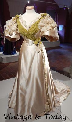 Vintage & Today: Quasi vero! The old stage costumes -> Quasi vero! ...