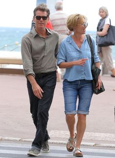 """""""Love Punch"""" actors Pierce Brosnan and Emma Thompson enjoy a laugh over lunch in Cannes, France on June 10th, 2012. The two begin production of the movie tomorrow."""