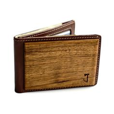 Incredible wooden and leather men's wallets from Slim Timber