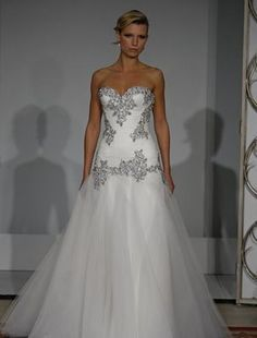 If u haven't noticed by now, I have my heart set on a pnina tornai dress <3