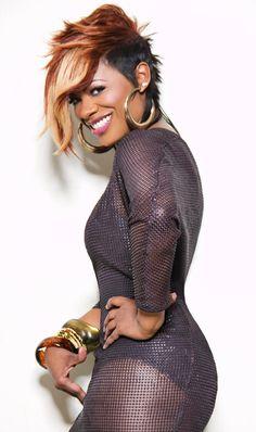 Picture of Kandi Burruss Cut And Style, Cut And Color, Rihanna, Locks, Kandi Burruss, Design Food, Olive Garden, Sassy Hair, Hair Magazine