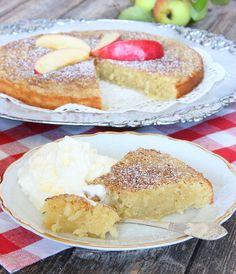 Äppelkladdkaka Mud Cake, Swedish Recipes, Pie Dessert, I Foods, Baked Goods, Cake Recipes, Smoothie, Food And Drink, Favorite Recipes