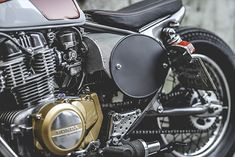 BITING THE DUST. T.Jasin Motorcycles' 'Barrel of Death' Honda CB400 Tracker - Pipeburn.com