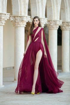 Georges Hobeika Fall Winter 2021-2022 Haute Couture fashion show at Paris Couture Week FW21 (July 5, 2021). Custom Wedding Dress, Custom Dresses, Couture Week, Haute Couture Fashion, Live Fashion, Fashion Show, Georges Hobeika, Couture Details, Designer Gowns