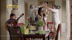 En #LaCuracao celebramos nuestro 71 ANIVERSARIO.   Y para que vivas mejor, te traemos muchas sorpresas :D... Comparte los detalles con tu familia y amigos, cuéntanos ¿cuál de nuestras promociones deseas adquirir? Videos, Friends