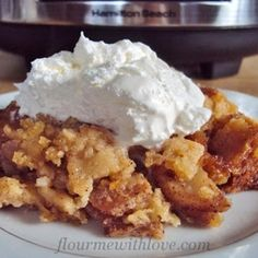 Slow Cooker Apple Pie -- This simple (and   scrumptious) recipe will surely make Dad smile this Father's Day. Top it off with vanilla ice cream for a sweet treat! #CrockPot #SlowCooker #FathersDay #Dad #Recipe #Dessert