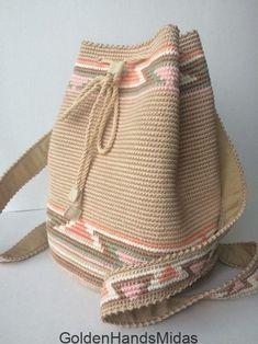 Free Crochet Bag, Crochet Tote, Crochet Handbags, Crochet Purses, Crochet Stitches, Knit Crochet, Drawstring Bag Diy, Mochila Crochet, Tapestry Crochet Patterns