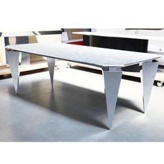 concrete table Copper table / STÓŁ PIRYT / DESIGN JAN GRAD