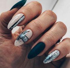 Squoval Acrylic Nails, Acrylic Nail Designs Glitter, Rounded Acrylic Nails, Acrylic Nails Coffin Glitter, Classy Acrylic Nails, Short Square Acrylic Nails, Summer Acrylic Nails, Chic Nails, Stylish Nails