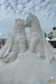 sand sculpture by Brad Goll Snow Sculptures, Sculpture Art, Metal Sculptures, Abstract Sculpture, Bronze Sculpture, Dragons, Ephemeral Art, Ice Art, Snow Art