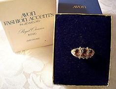 Brown Marquis Stone Ring Gold Tone Vintage Avon Royal Occasion Rhinestone Satin