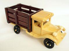 artesania con retazos de madera - Buscar con Google                                                                                                                                                      Más