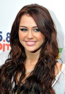 Miley Cyrus hair color