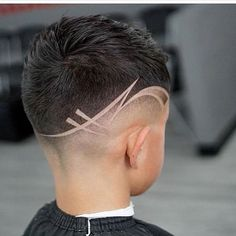 The biggest and best hair trends for men to try this spring summer according to top barbers. Haircut Designs For Men, Hair Designs For Boys, Black Boys Haircuts, Haircuts For Men, Unique Hair Cuts, Hair Tattoo Designs, Gents Hair Style, Style Hair, Undercut Hair Designs