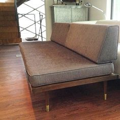 A Darling Daybed: A midcentury daybed was a major score for one woman in Austin, TX.