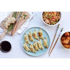 Les gyozas sont caractérisés par leur pâte très fine et leur format plutôt petit. Délice japonais d'... - Photo Pinterest
