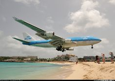 KLM - Royal Dutch AirlinesMore: Boeing 747-406 	More: Philipsburg / St. Maarten - Princess Juliana (SXM / TNCM)More: St. Maarten, June 14, 2013 	 	 	Remark 	Photographer 	 	 	 PH-BFL / FL-004 (cn 25356/888) By far the lowest approach of the week. But people on the beach were less freaked out than I thought they would be!