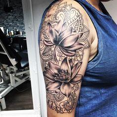 Tattoos for women Arm Sleeve Tattoos For Women, Unique Half Sleeve Tattoos, Half Sleeve Tattoos Designs, Best Sleeve Tattoos, Tattoo Designs, Half Sleeve Tattoo Upper Arm, Arm Tattoos For Women Upper, Maori Tattoos, Leg Tattoos