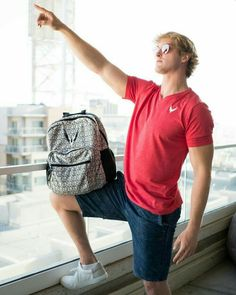 The Yeti backpack is almost sold out! Logan Paul Kong, Jake Paul, Logan Paul Merch, Logan And Jake, Savage Life, Trendy Outfits, Cute Outfits, Fb Memes, Youtubers