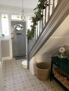 Tiled Hallway, Hallway Flooring, Modern Hallway, Modern Room, Edwardian House, 1930s House, Edwardian Hallway, Entrance Hall Decor, House Entrance
