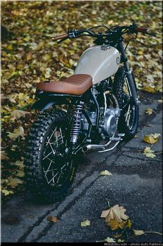 Yamaha 11 by Auto Fabrica nice! Lean mean hell off a machine Yamaha 11 by Auto Fabrica nice! Lean mean hell off a machine Modifikasi Blitz Motorcycles, Vintage Motorcycles, Custom Motorcycles, Custom Bikes, Yamaha Motorcycles, Indian Motorcycles, Moto Scrambler, Motos Vintage, Vintage Bikes