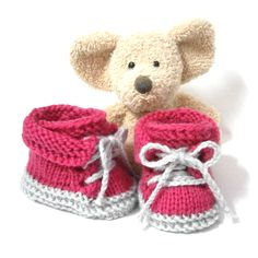 Chaussons bébé faits main style petites chaussures roses 0/1 mois Tricotmuse : Mode Bébé par tricotmuse