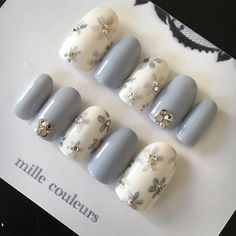 Manicure pedicure summer style Ideas for 2019 Cute Nail Art, Cute Nails, Pretty Nails, Grey Nail Art, White Nail, Nail Jewels, Gems On Nails, Jewel Nails, Japanese Nails