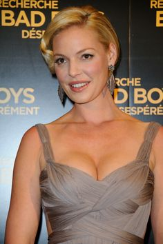 Katherine Heigl She starred as Stephanie Plum in One for the Money My Father The Hero, Katherine Marie Heigl, One For The Money, Cigarette Brands, Ideal Beauty, The Ugly Truth, Wilhelmina Models, Teen Choice Awards, Electronic Cigarette