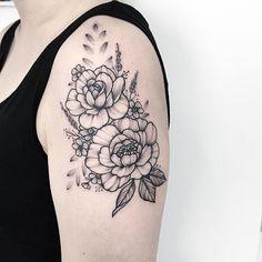 #floraltattoo #floral #blacktattooing #tats #tattoo #tattoos #tattooed…